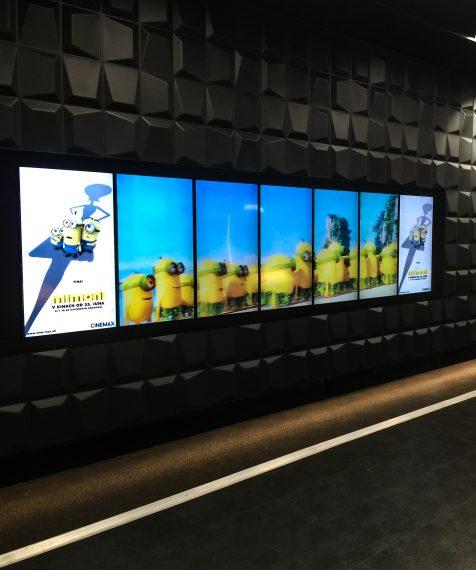 Rámový LCD
